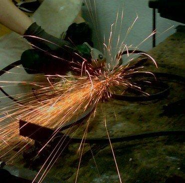 trabajando escultura forja radial